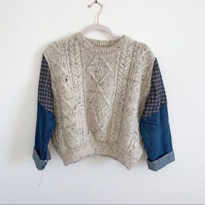 Mixed fabric sweater size S/M!